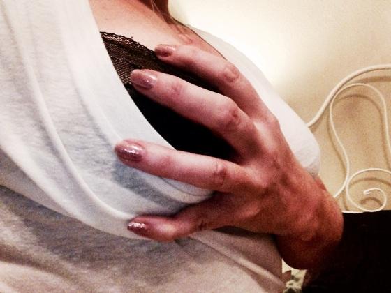 hyacinthjones_breast_grab_sparkle